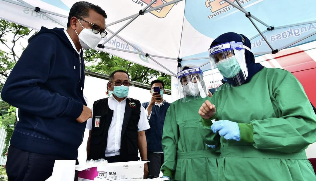 Gubernur Sulsel Gratiskan Layanan Rapid Antigen di Bandara Sultan Hasanuddin